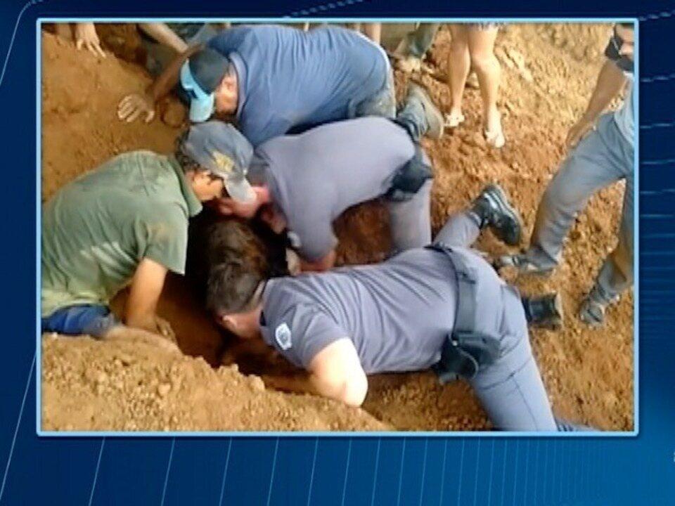 Criança de 9 anos é soterrada enquanto brincava em Paulicéia