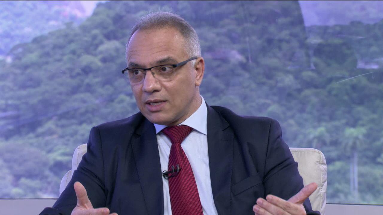 'Estou disposto a ajudar no que for preciso', afirma Roberto Sá