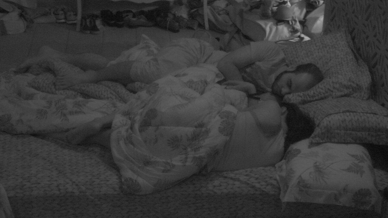 Após a Festa Lollipop, todos dormem na casa do BBB18
