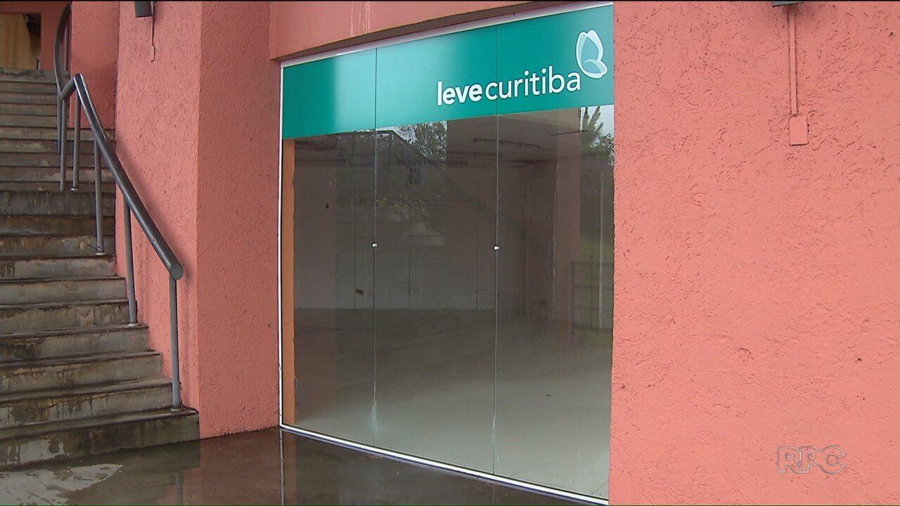 Foram fechadas as lojas do Leve Curitiba que tinham nos pontos turísticos da capital