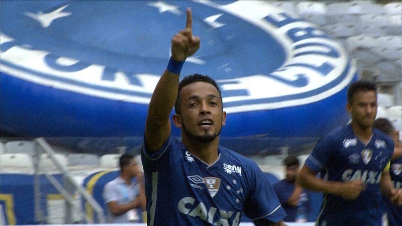 O gol de Cruzeiro 1 x 0 Villa Nova pelo Campeonato Mineiro