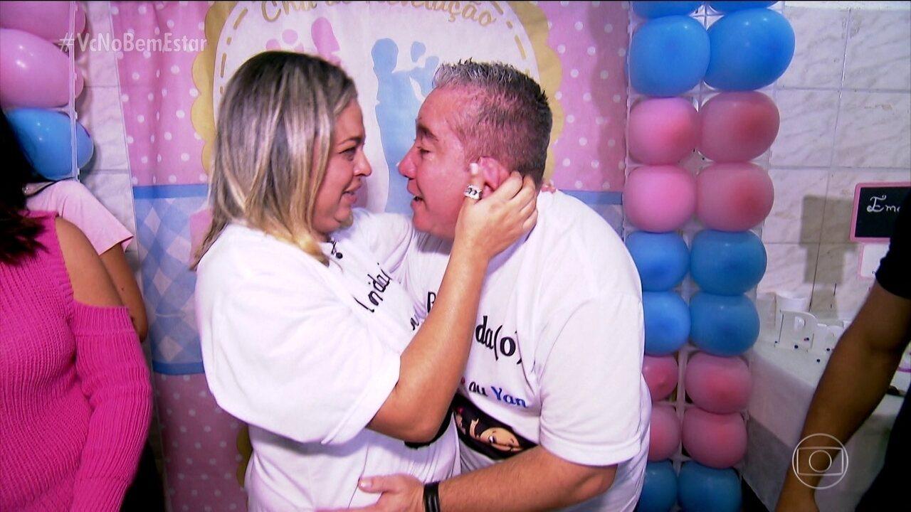 Fernanda e Renato descobrem o sexo do bebê
