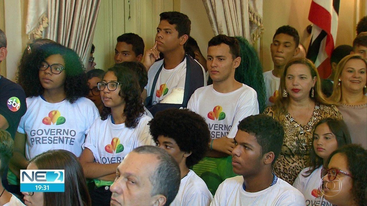 Programa oferece seis mil vagas em cursos gratuitos para jovens em Pernambuco