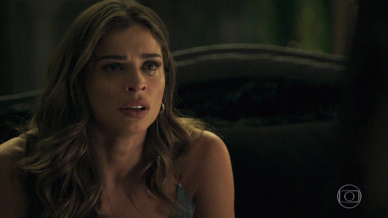 Sophia revela que não é mãe de Lívia