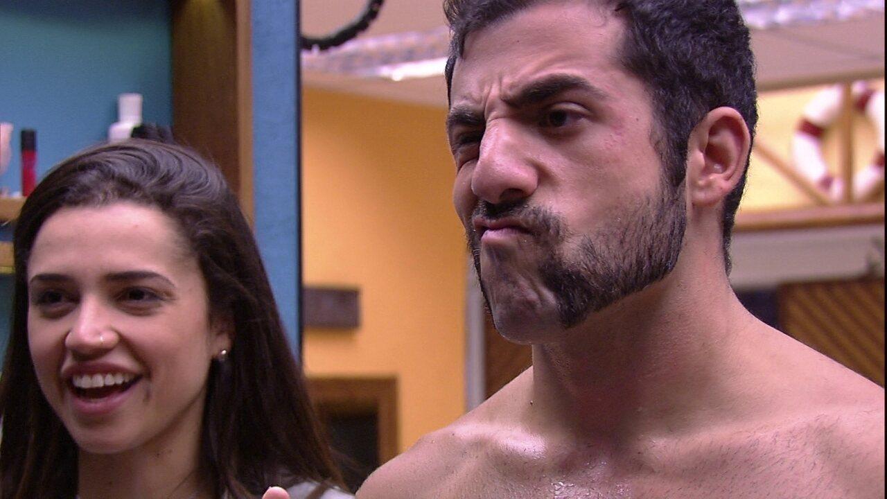 Kaysar muda o visual com novo estilo de barba