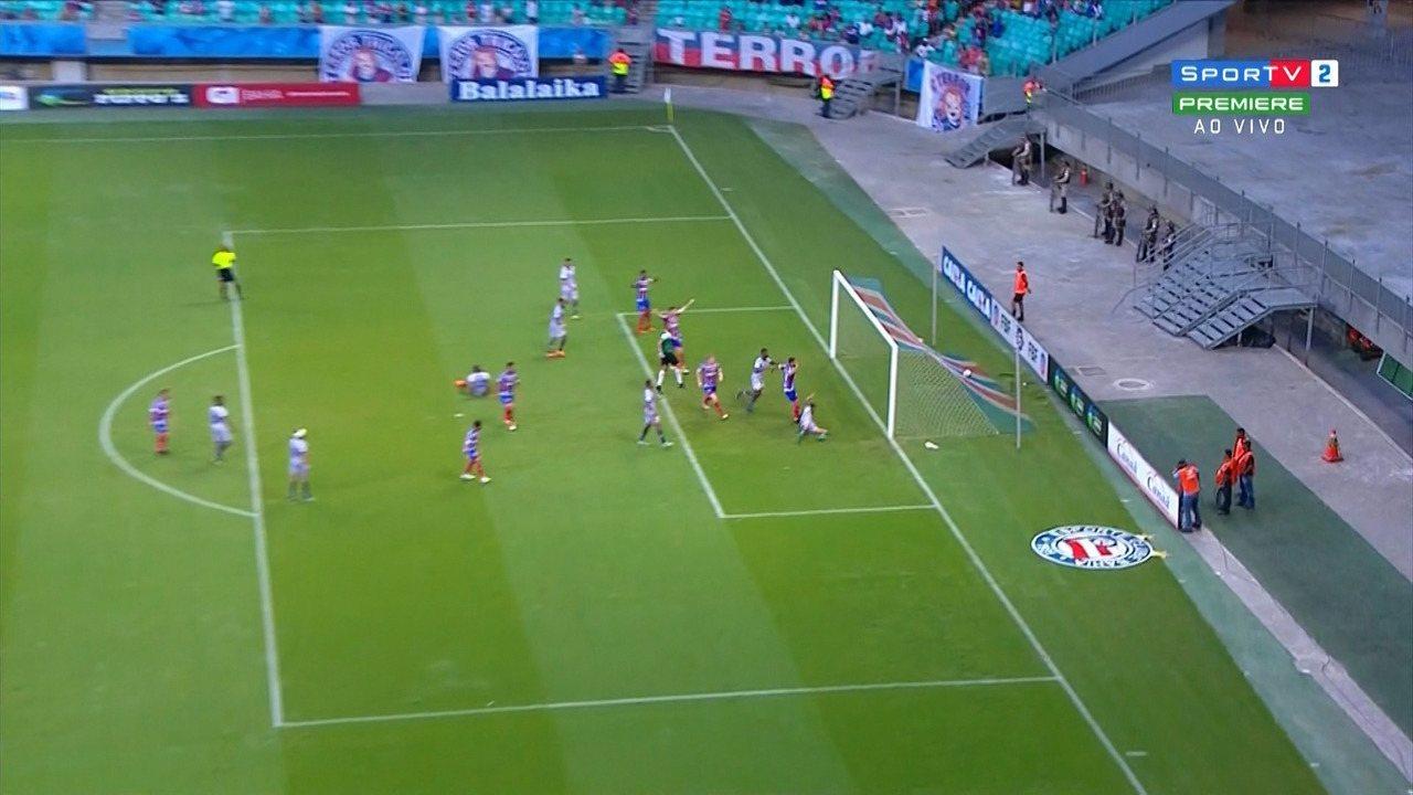48': Gol do Bahia! Elton finaliza com a meta vazia e tira o empate do placar