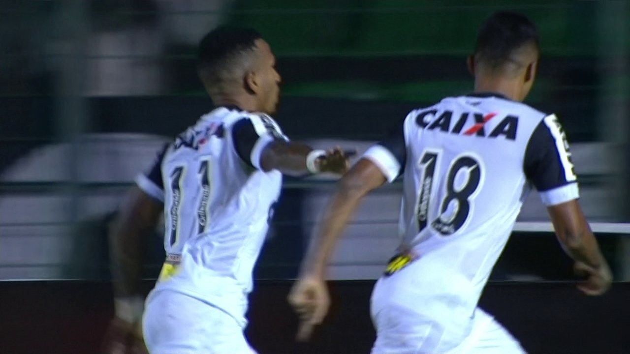 Gol do Atlético-MG! Otero recebe na área e abre o placar, aos 31' do 1º tempo