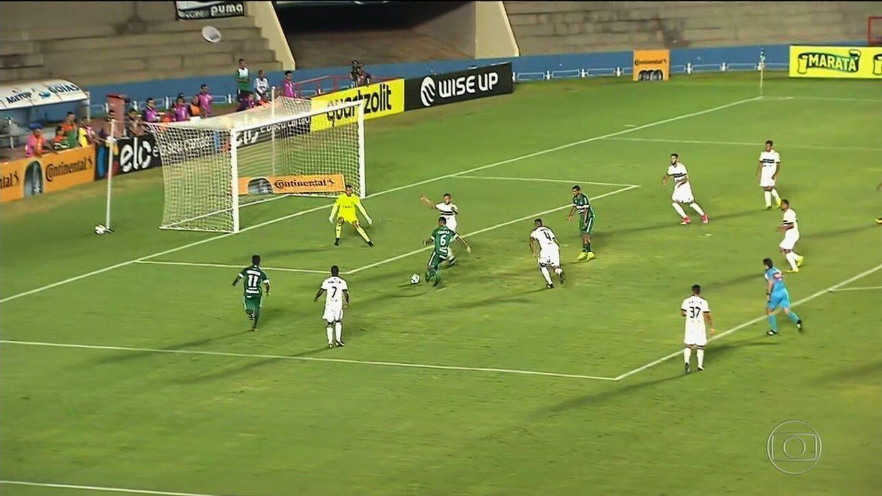 Veja o gol de Jefferson na vitória do Goiás sobre o Coritiba