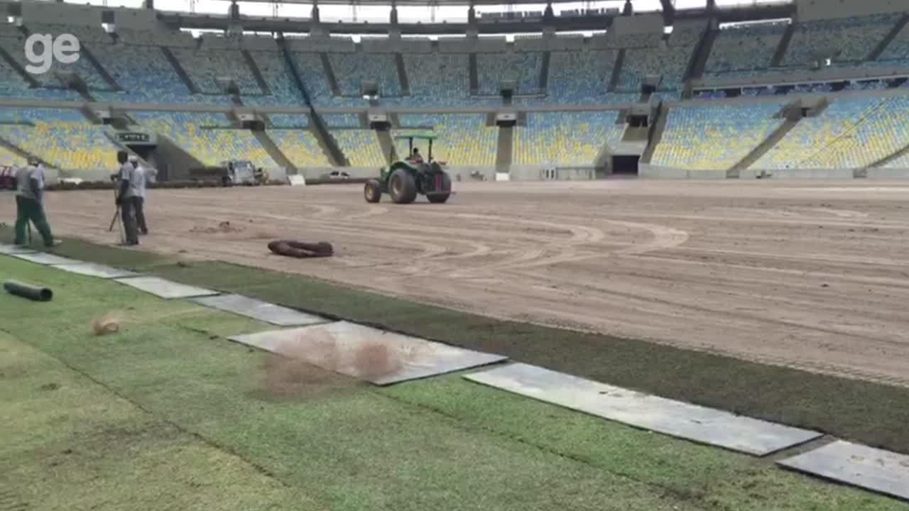 Grama do Maracanã é recolocada após mês de eventos