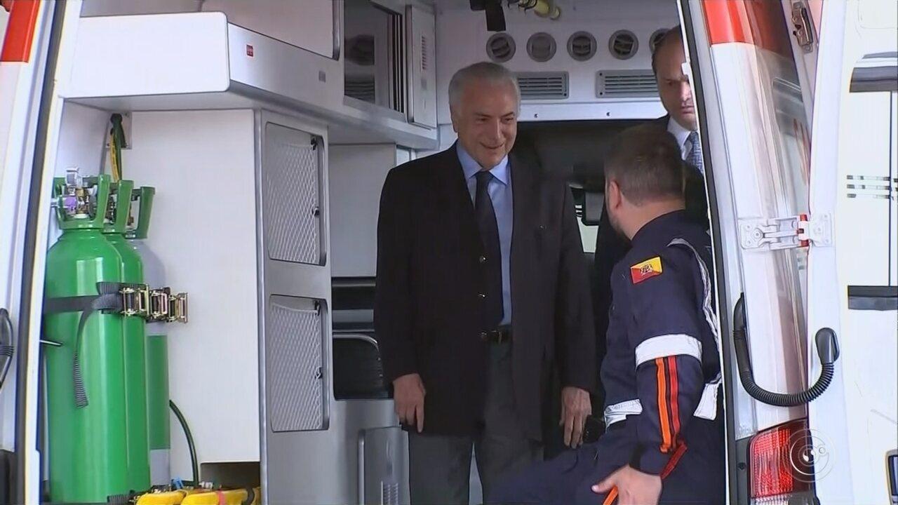 Michel Temer chega a Sorocaba para fazer entrega de ambulâncias do Samu