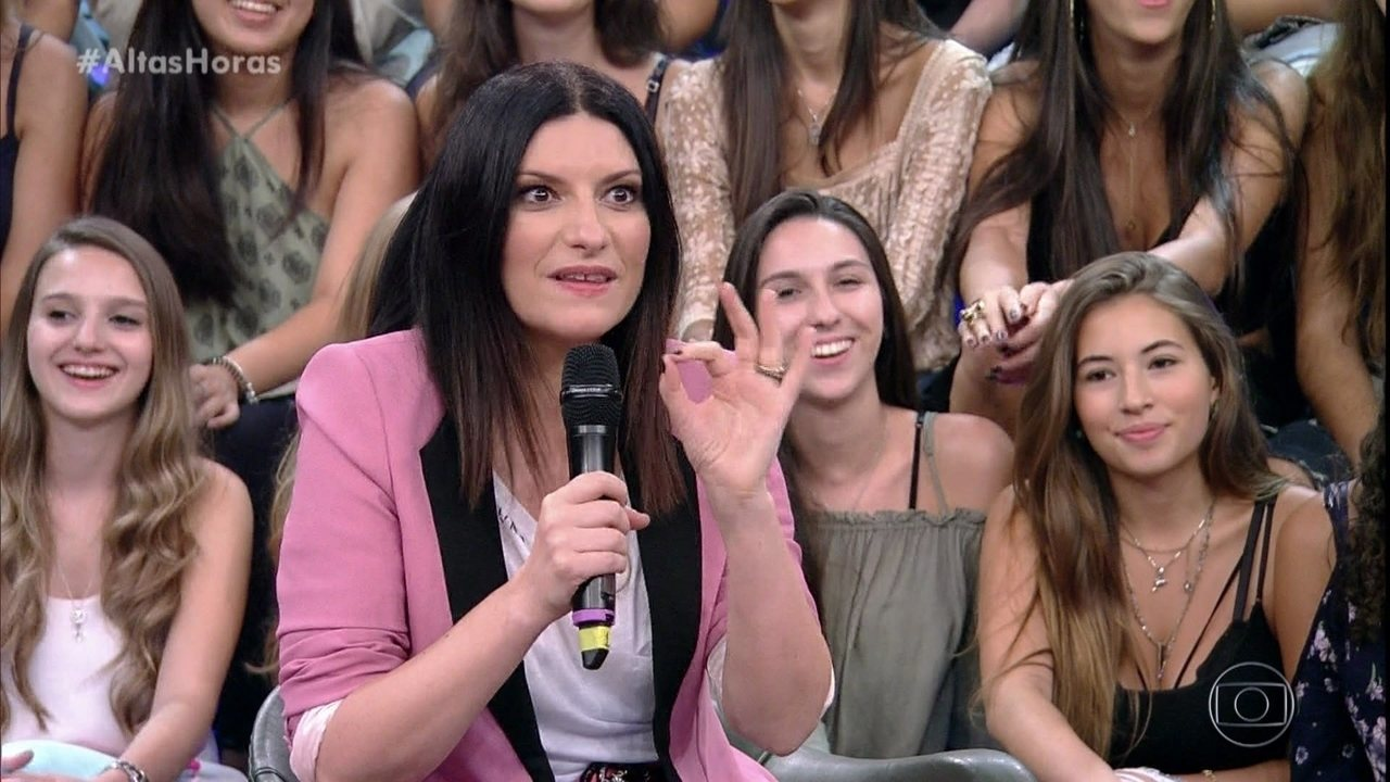 Laura Pausini brinca com significado de apelido no Brasil