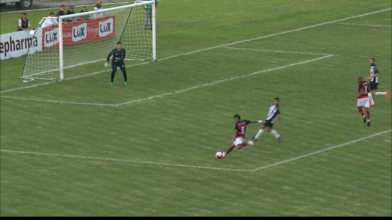 Confira os lances de Campinense 2 x 0 Treze, com destaque para as defesas do goleiro Jeferson