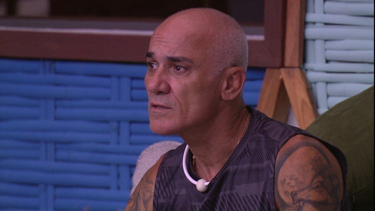 Ayrton desabafa com Ana Clara: 'Tô com a cabeça muito ruim'