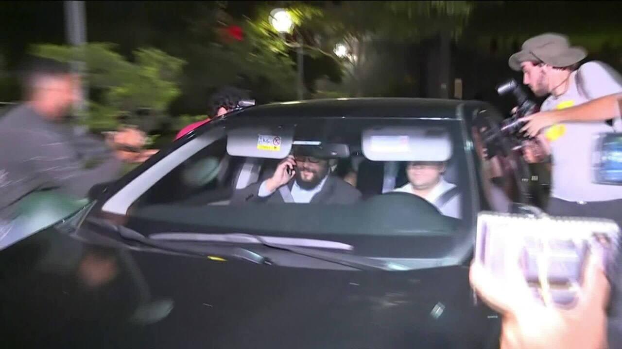 Joesley Batista acaba de deixar a Polícia Federal em São Paulo