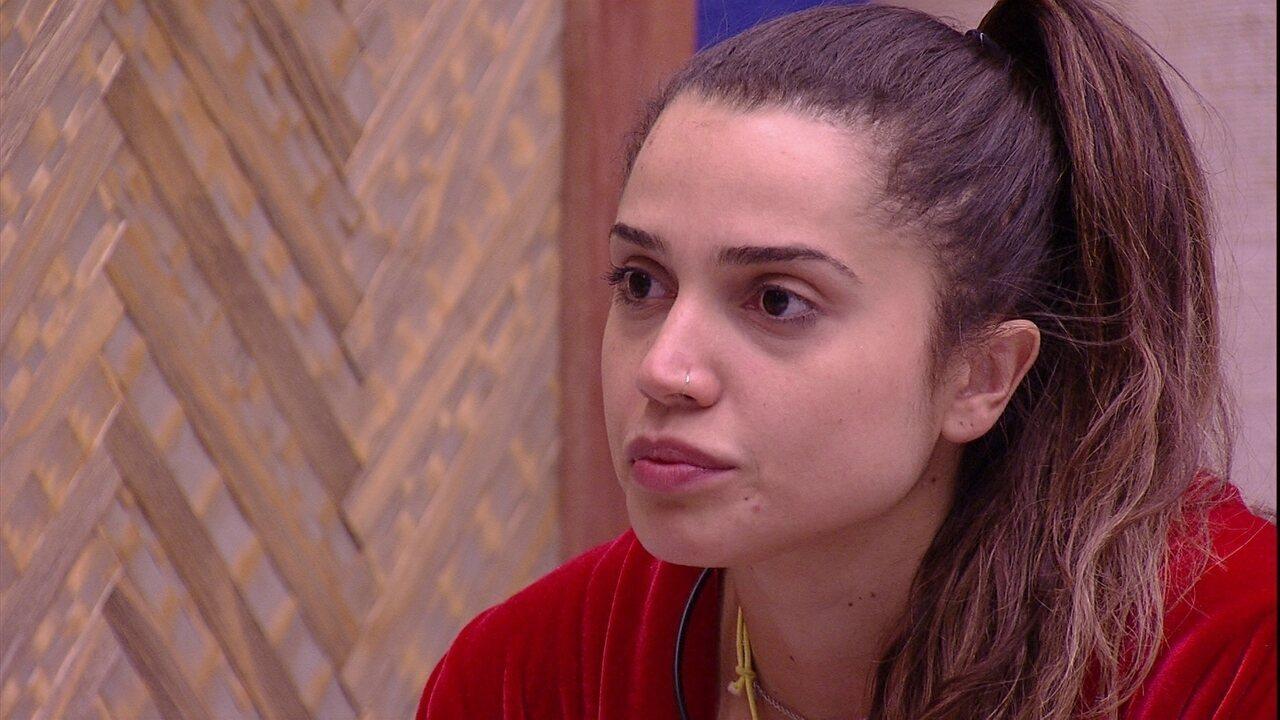 Paula questiona Jéssica sobre a votação: 'Se empatar Diego e Breno'