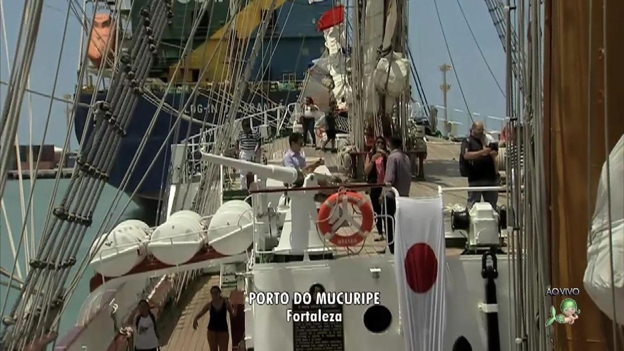 Veleiro mexicano está aberto a visitação em Fortaleza
