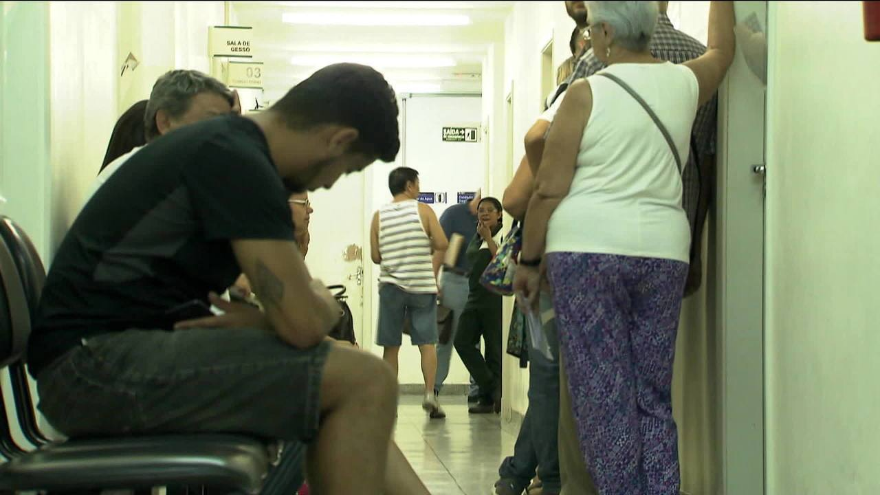 Mais de um milhão de paulistanos esperam por atendimento médico