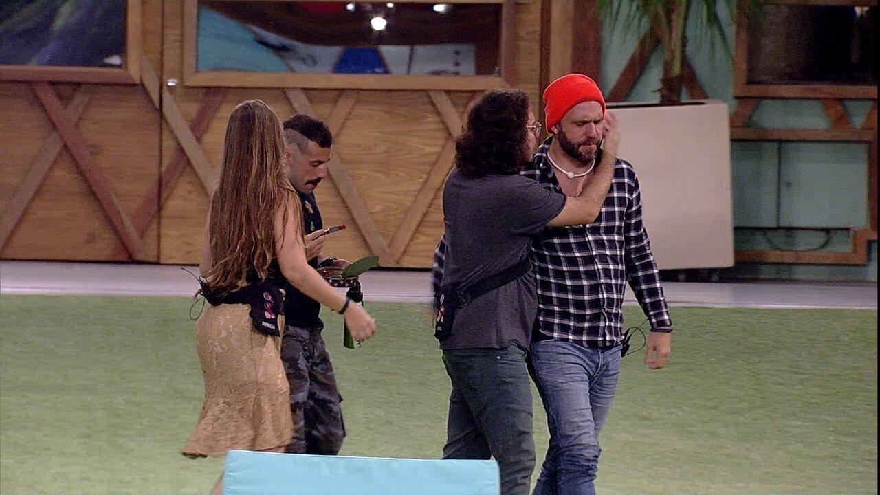 Diego faz pedido a Caruso: 'Se eu sair, cuida da Patrícia'