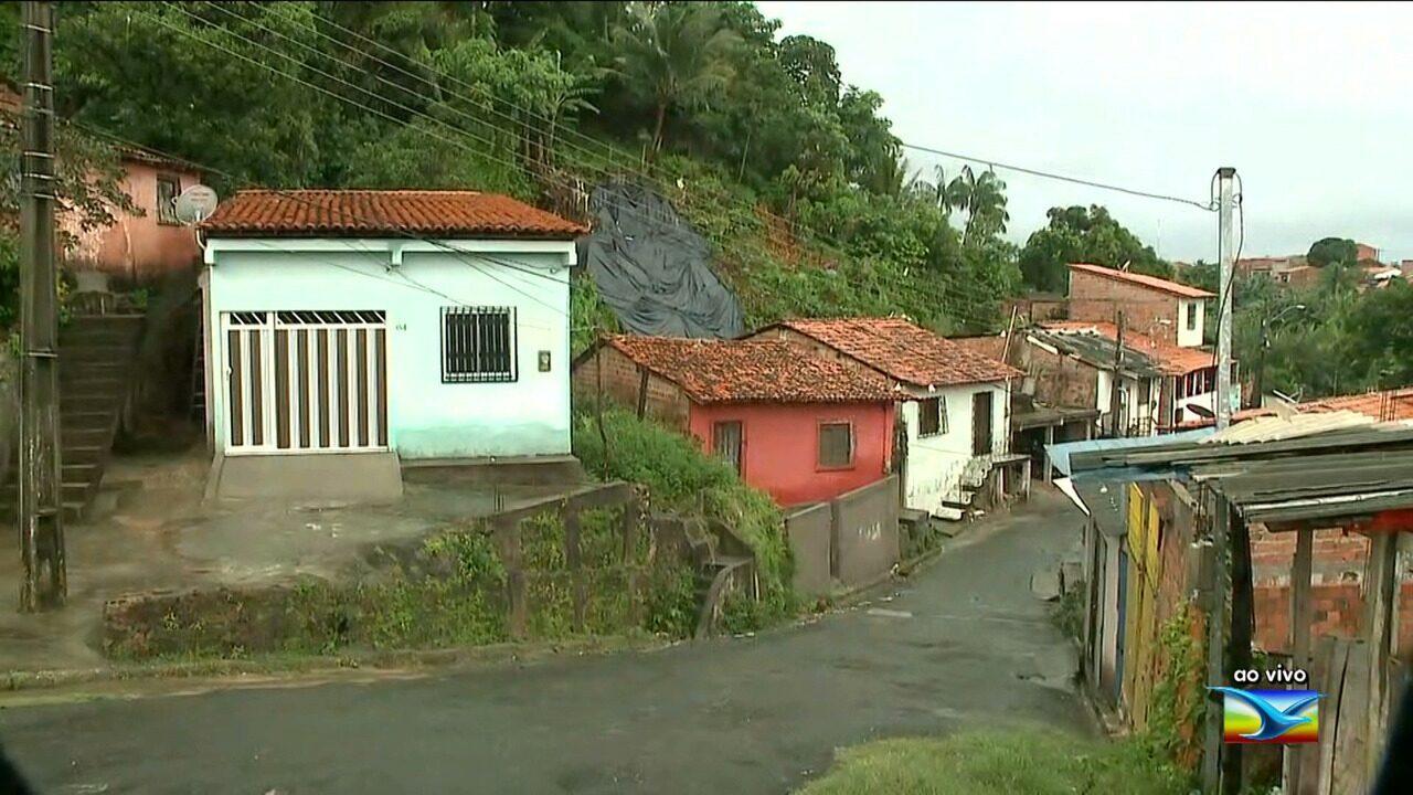 Chuvas fortes aumentam risco de desabamento de em áreas de risco em São Luís