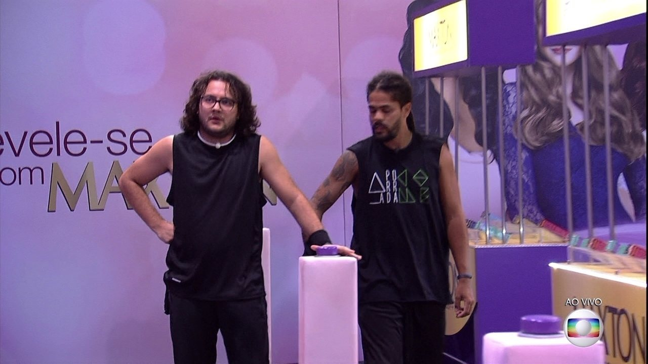 Prova do Líder Circuito Maxton Embelleze: Diego e Viegas são os primeiro a bater no botão