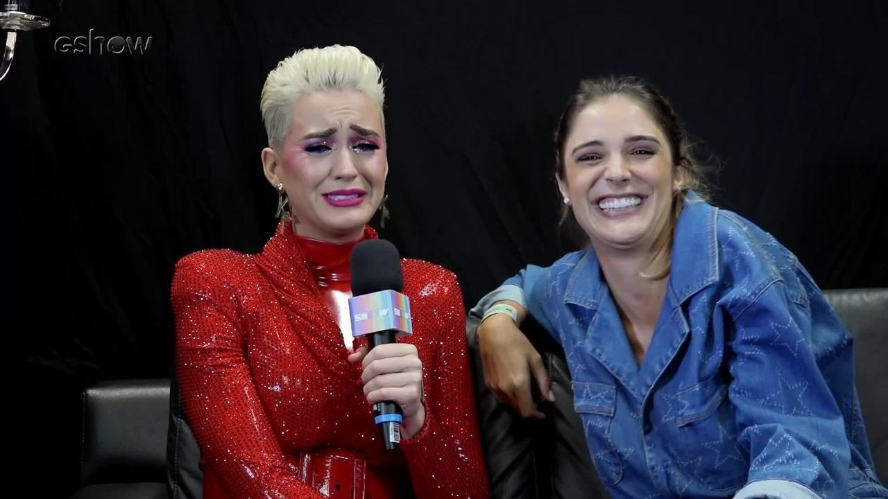 Katy Perry aprende a falar 'Saudade'