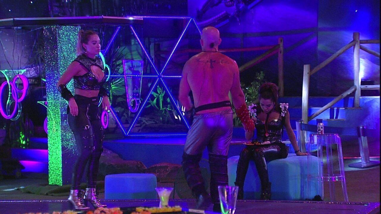 Kaysar diz que perdeu peso dançando com Jéssica: 'Vão te confundir com o Ayrton?'