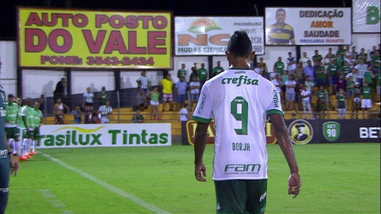 Repórter relata irritação de Roger Machado à beira do campo com atuação de Borja