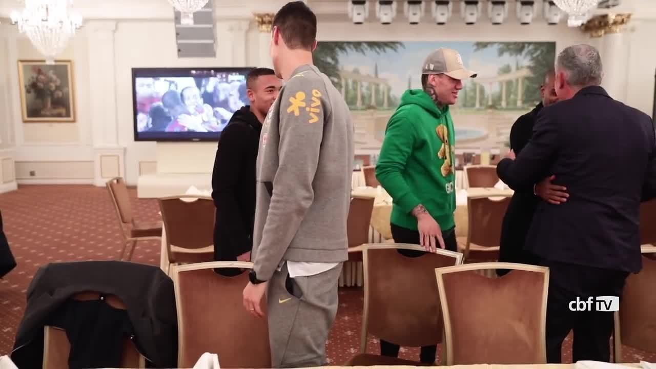 Seleção Brasileira começa a se apresentar em Moscou para amistoso contra a Rússia