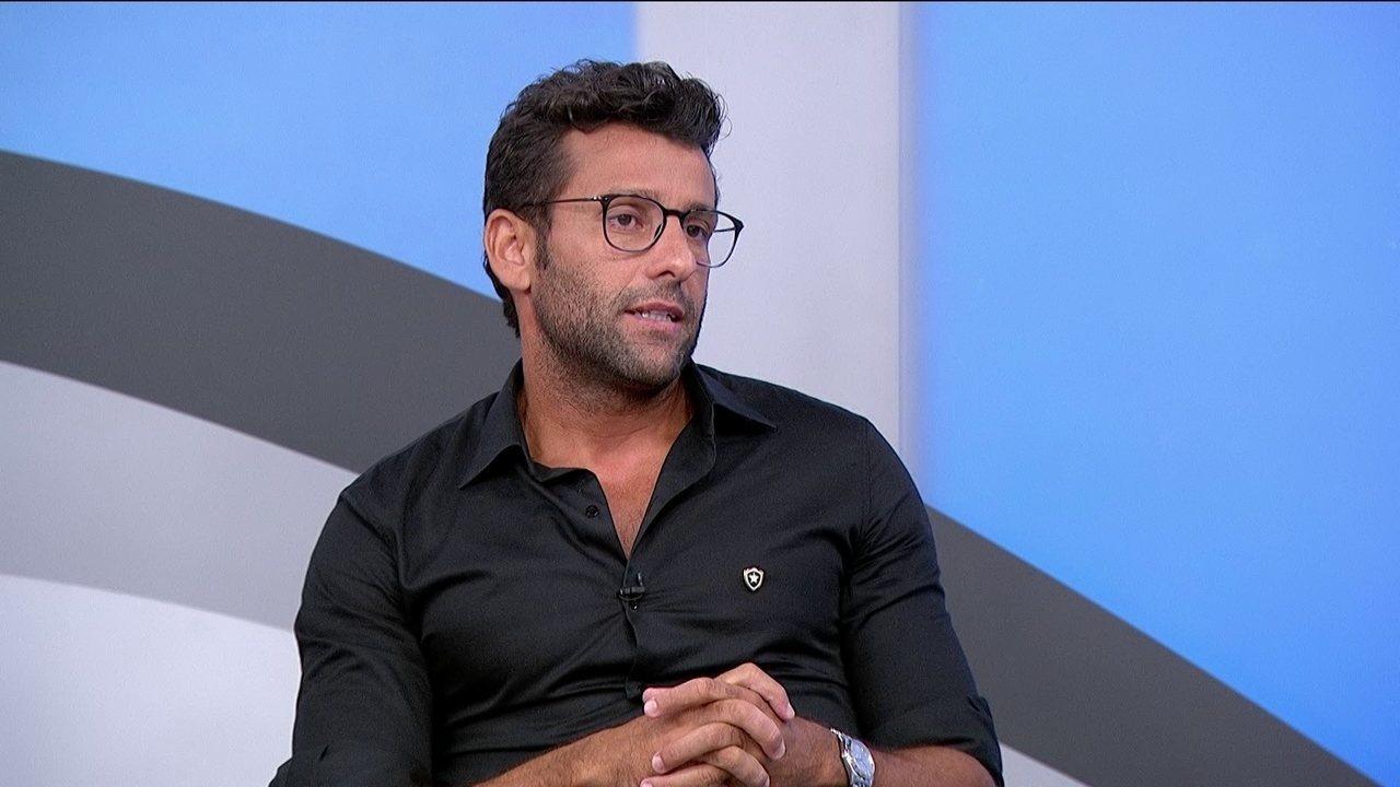 Treinador do Botafogo fala sobre sondagem a Marquinhos Gabriel