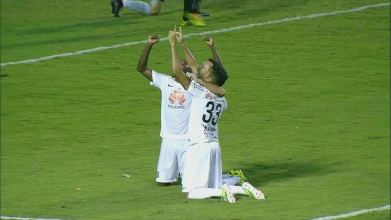 Thiago Ribeiro comenta gol pelo Santos que