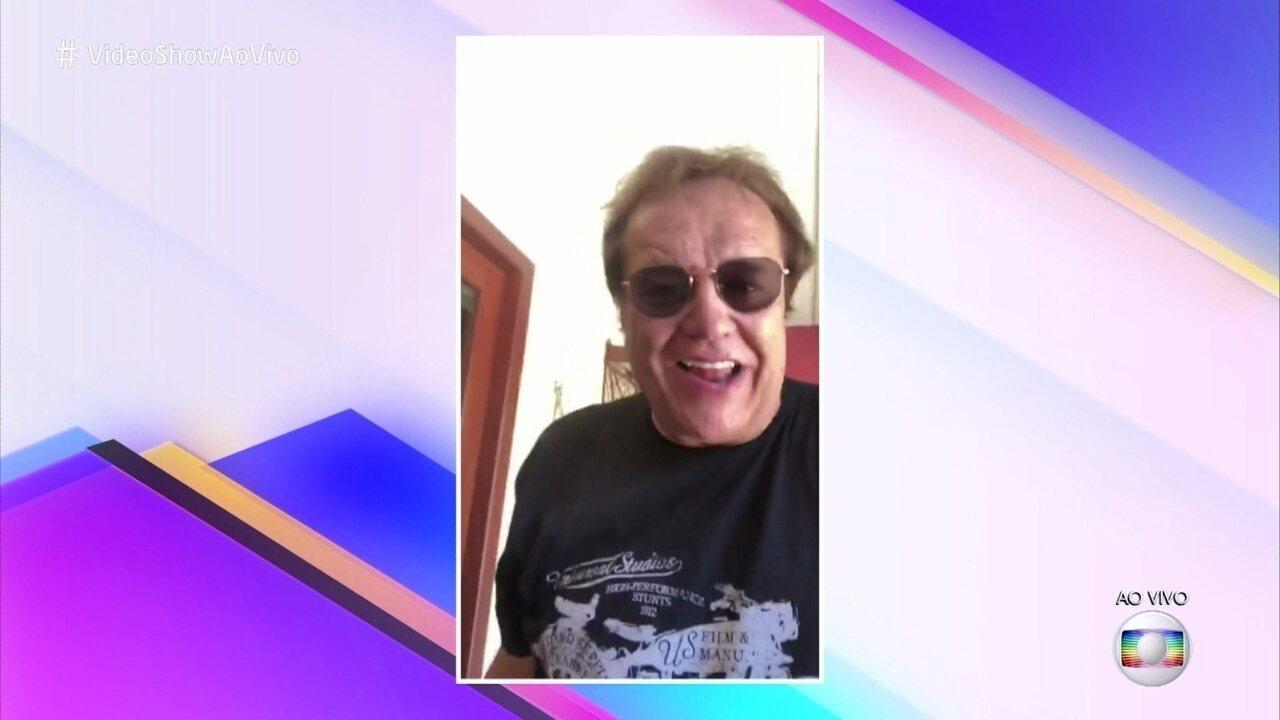 No aniversário do programa, em 2018, Dennis Carvalho brincou com o bordão: 'Fora,Vídeo Show'