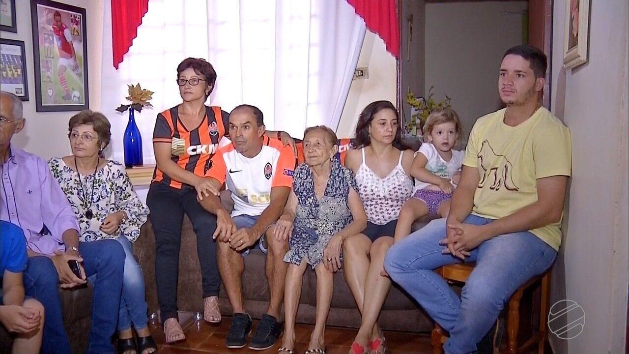 Convocação de Ismaily deixa moradores orgulhosos em Angélica, no interior de MS