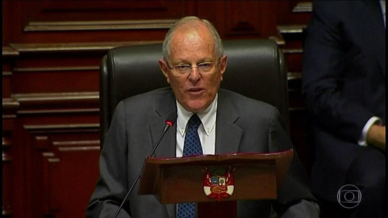 Presidente do Peru renuncia ao cargo antes de votação de novo pedido de impeachment