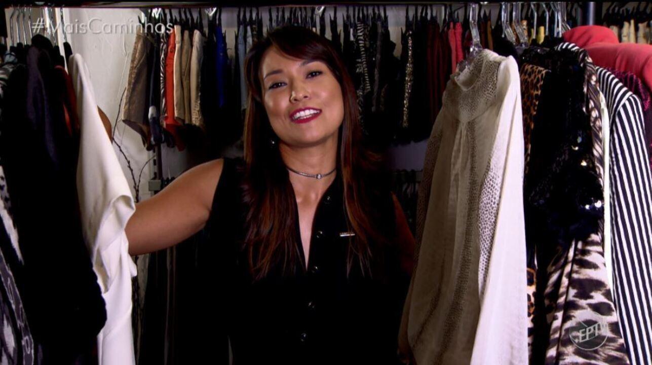 Cris Ikeda ensina a como utilizar uma mesma peça de roupa para diversos