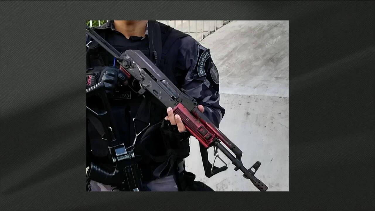 Polícia faz operação na favela da Rocinha, no Rio, neste sábado (24)