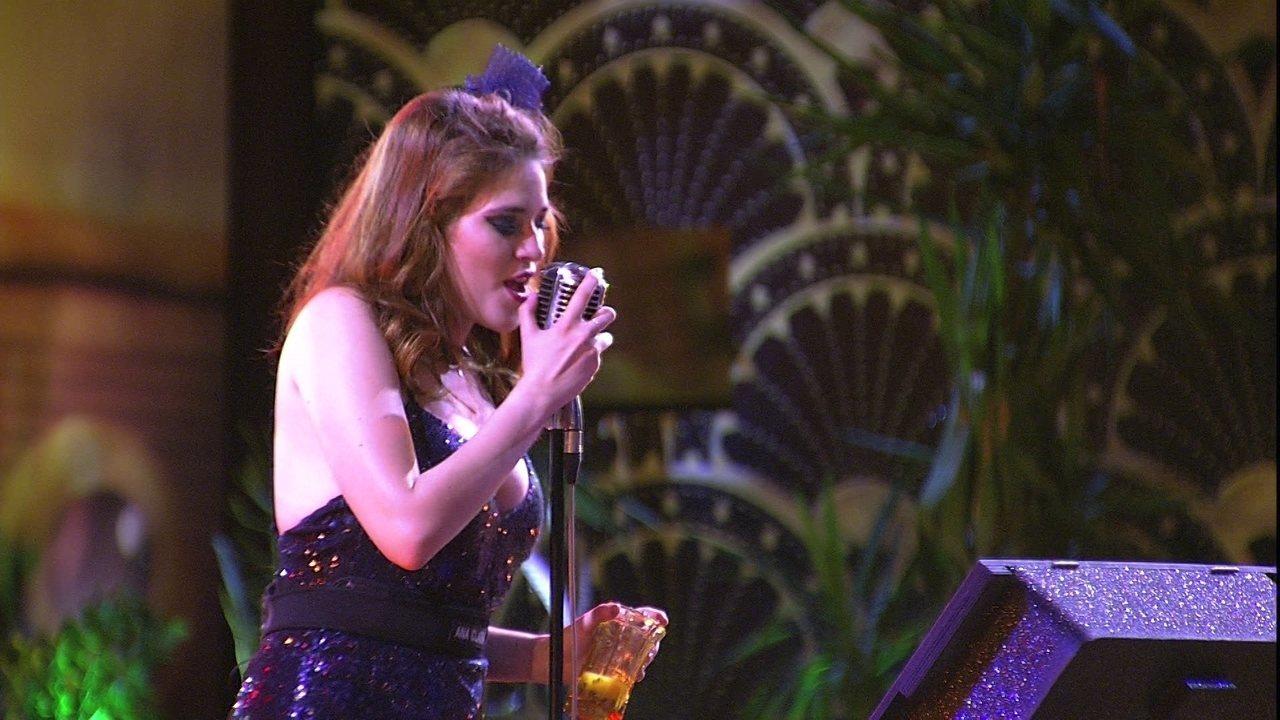 Ana Clara canta Anitta na festa A Era do Rádio