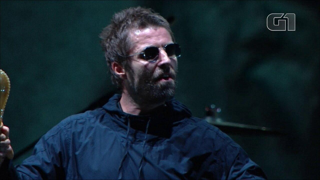 "Liam Gallagher canta ""Wall of Glass"" no palco Budweiser, no 3º dia de Lollapalooza"