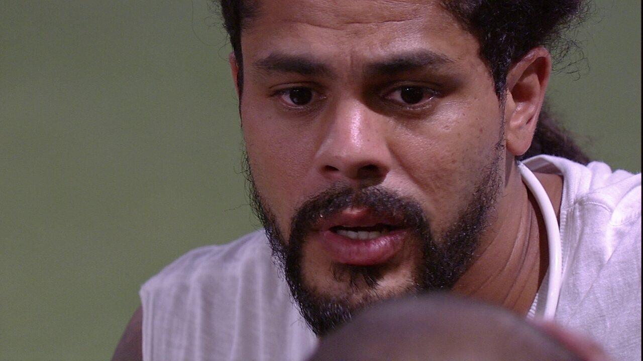 Viegas fala para Kaysar sobre voto de Wagner em Diego