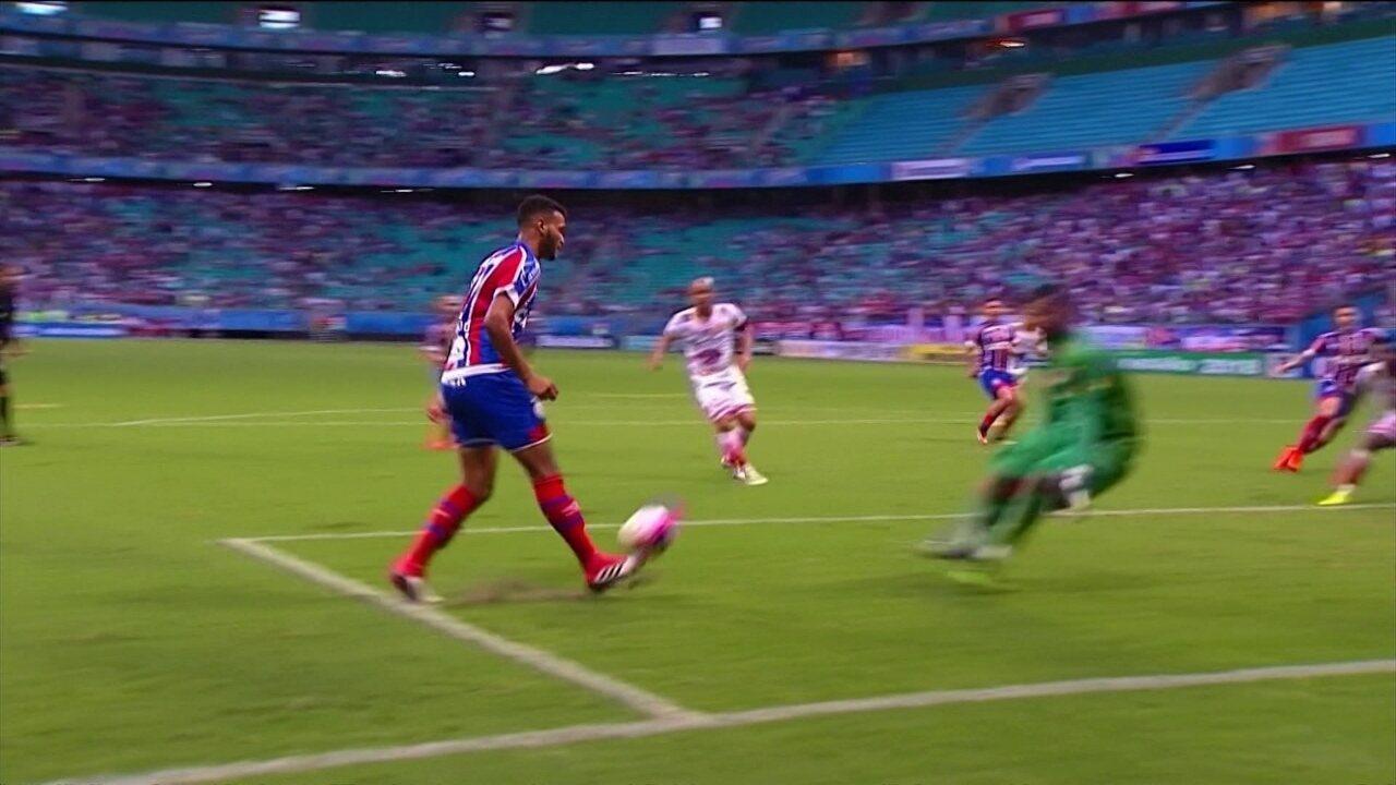 Júnior Brumado marcou golaço contra o Juazeirense