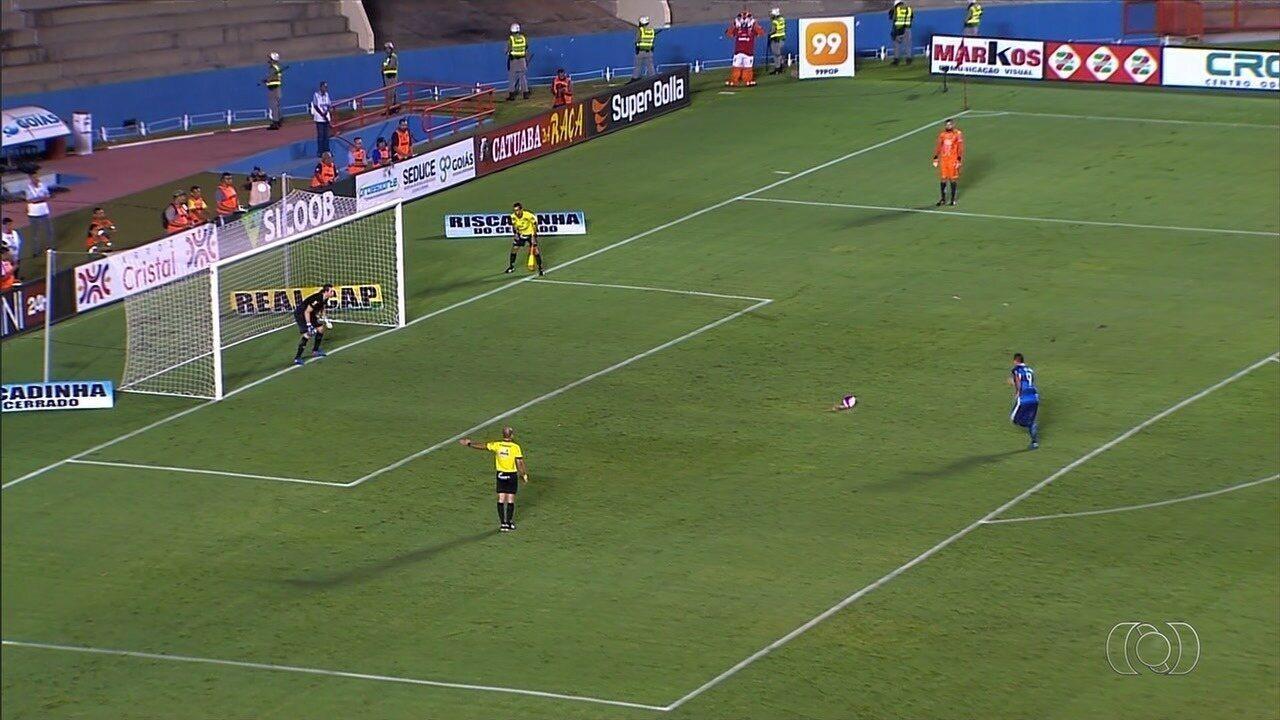 Aparecidense vence o Vila Nova nos pênaltis e se classifica para a final