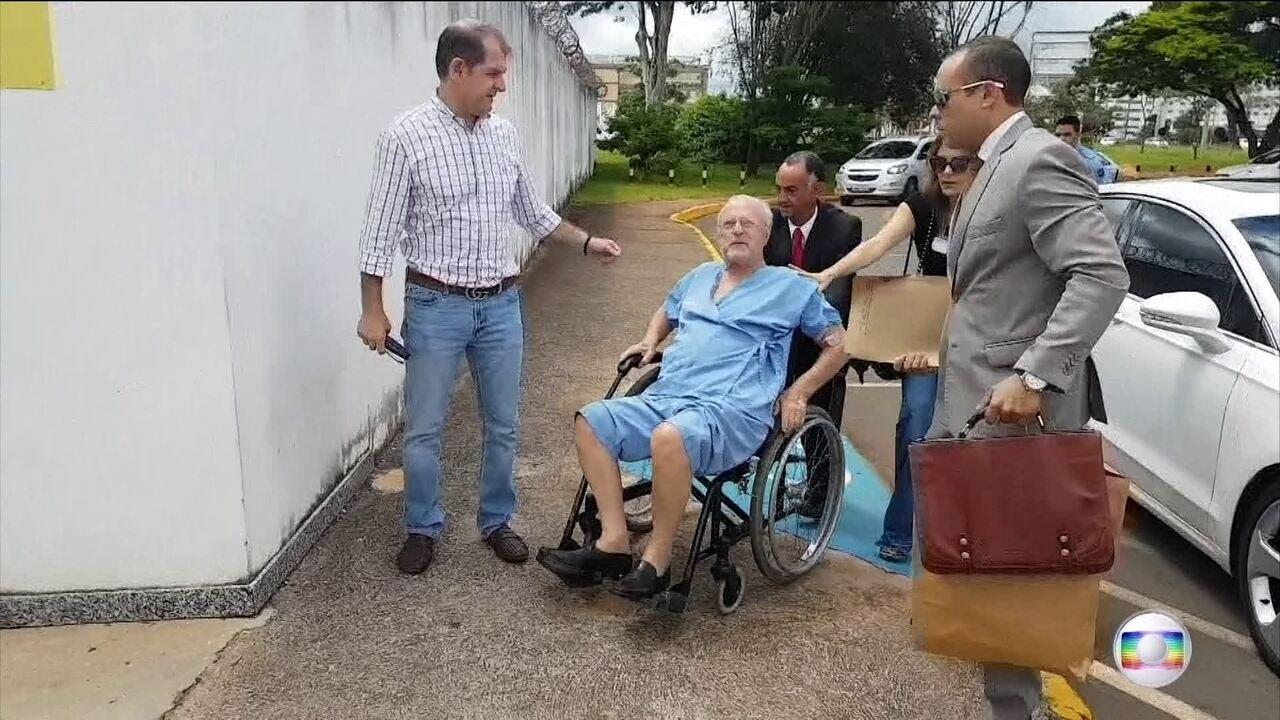 Maluf está a caminho de São Paulo onde vai cumprir prisão domiciliar
