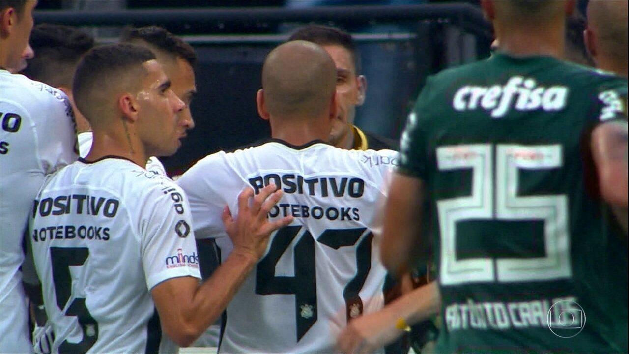 Caio Ribeiro analisa a confusão no primeiro jogo da final do Paulistão