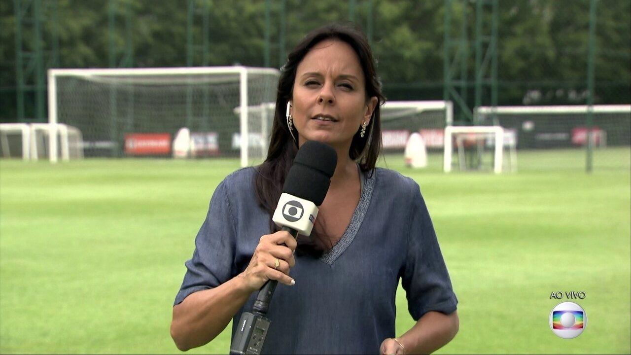 Fabíola Andrade acompanhou o treino do São Paulo