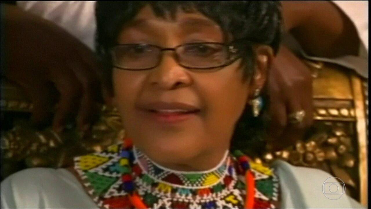 Morre Winnie Mandela ativista contra o apartheid