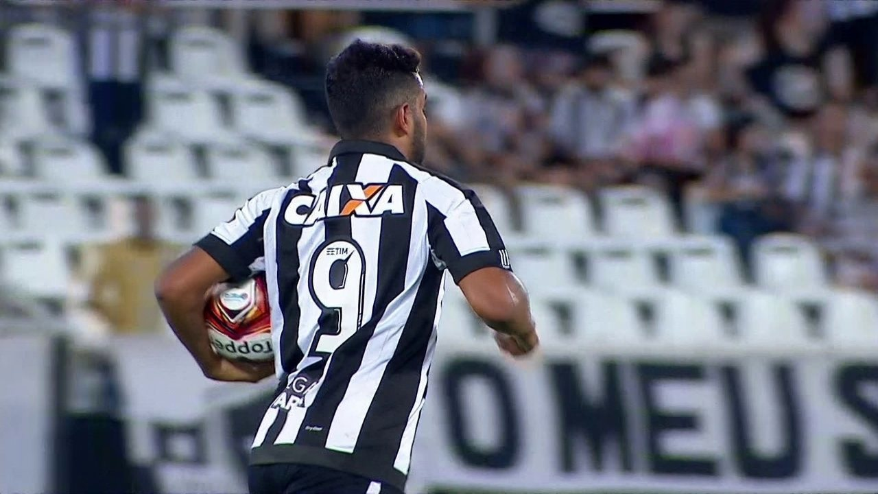 Os seis gols marcados por Brenner no Carioca até a grande final