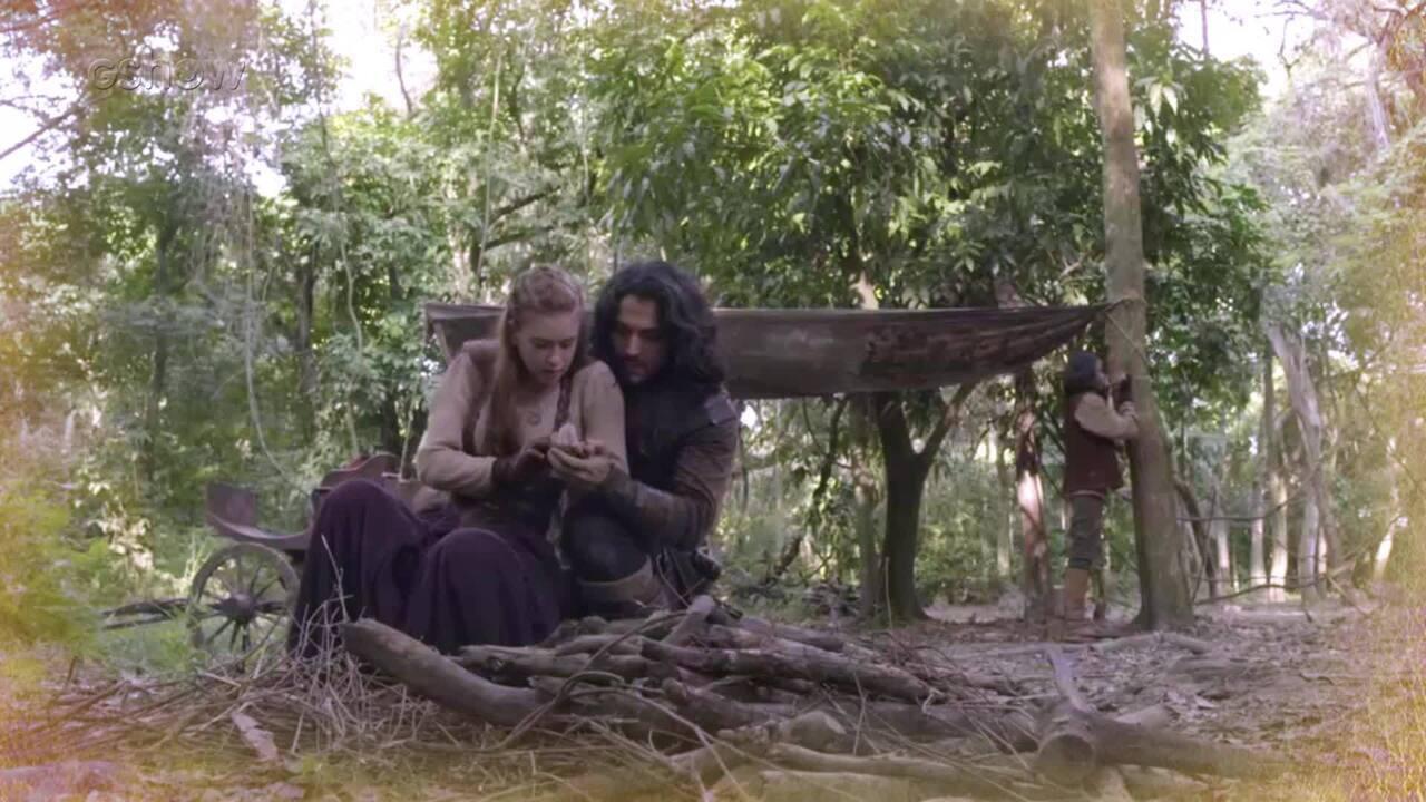 Resumo de 10/04: Amália e Afonso fogem para mata