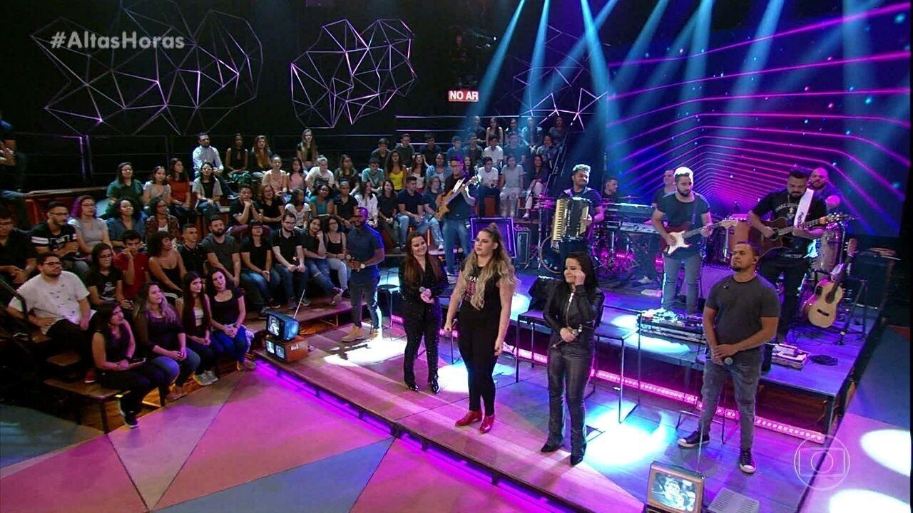 Marília Mendonça e Maiara & Maraísa cantam