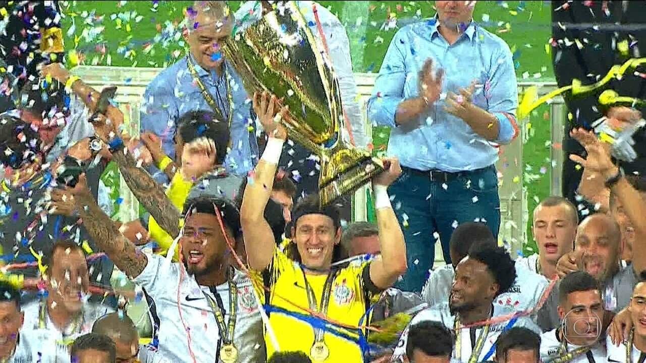 Nas cobranças de pênaltis, Corinthians derrota o Palmeiras e fica com o título paulista