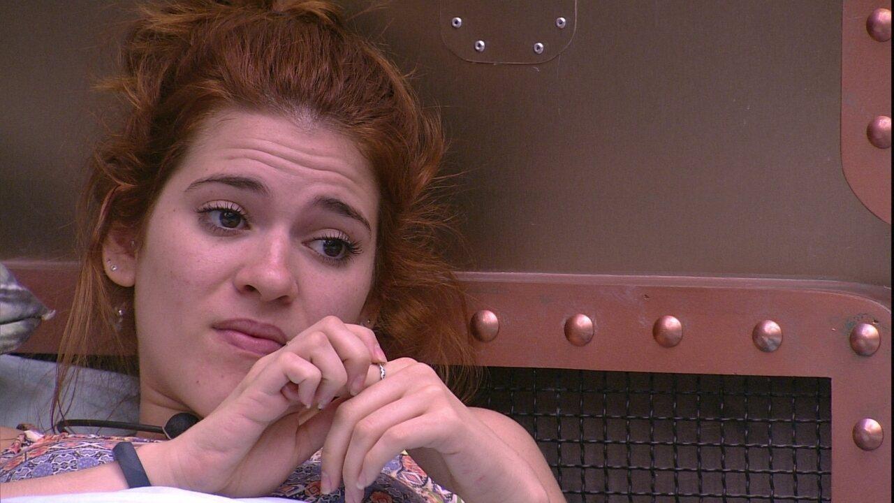 Ana Clara comenta jogo de Caruso