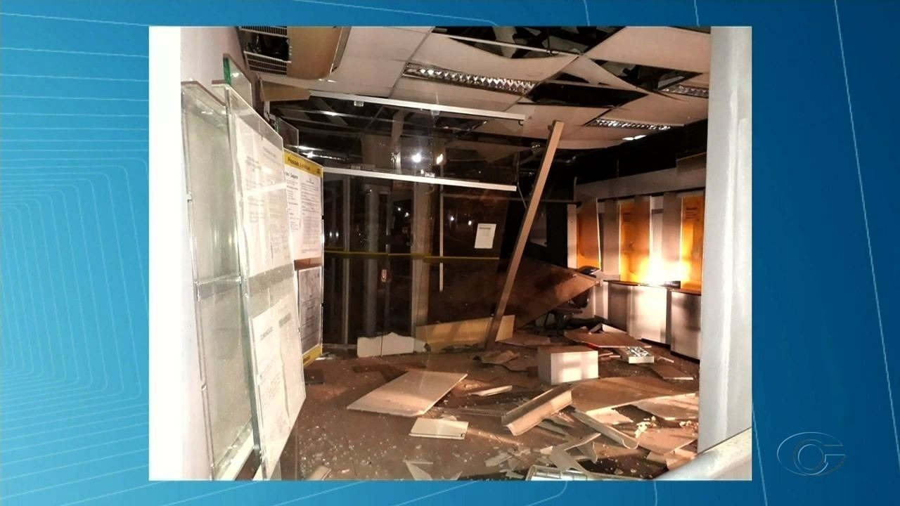 Explosão durante assalto a agência bancária surpreende moradores de Poço das Trincheiras
